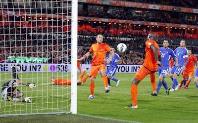 Prediksi Skor Romania vs Belanda 17 Oktober 2012