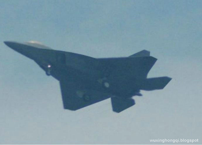 J 18 Fighter http://wuxinghongqi.blogspot.com/2012/01/shenyang-f-60-another-chinas-generation.html