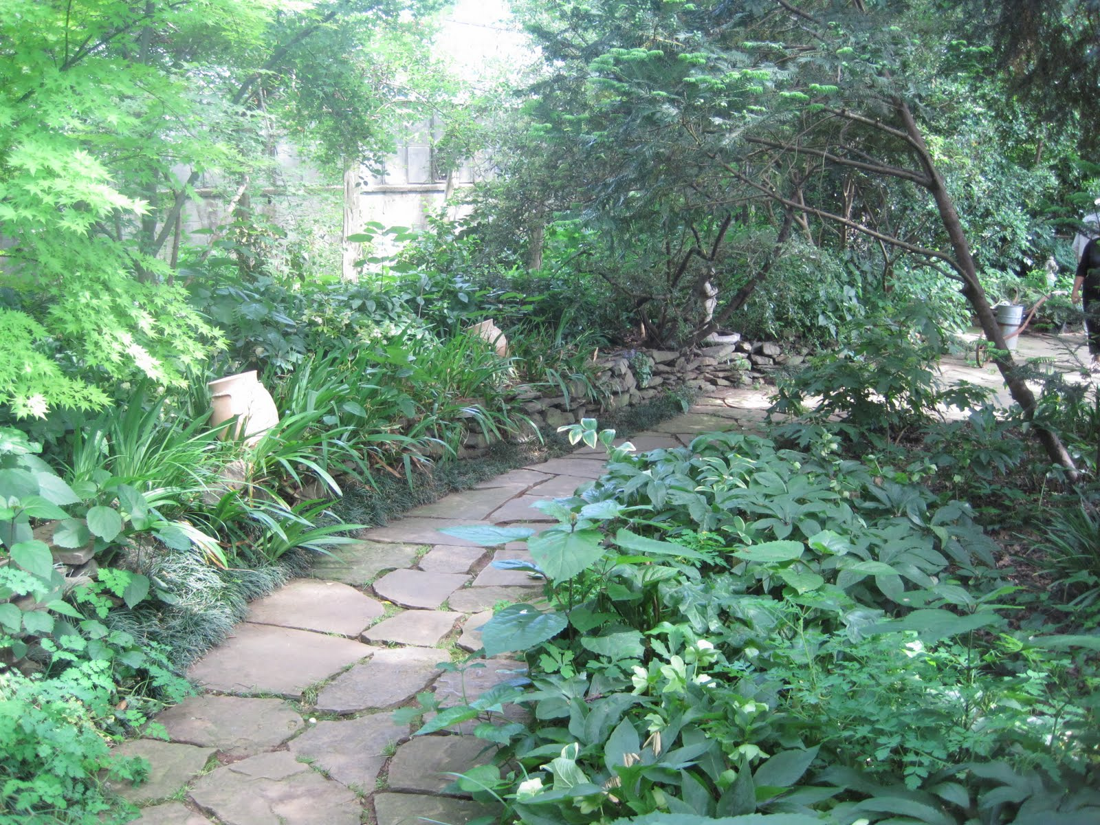 Pretty Old Houses: Ryan Gainey's Garden--Connoisseurs Garden Tour 2011