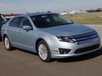 Ford mostra o Fusion 2013 antes da estreia em Detroit