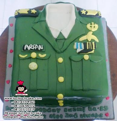 3D Baju Tentara Cake