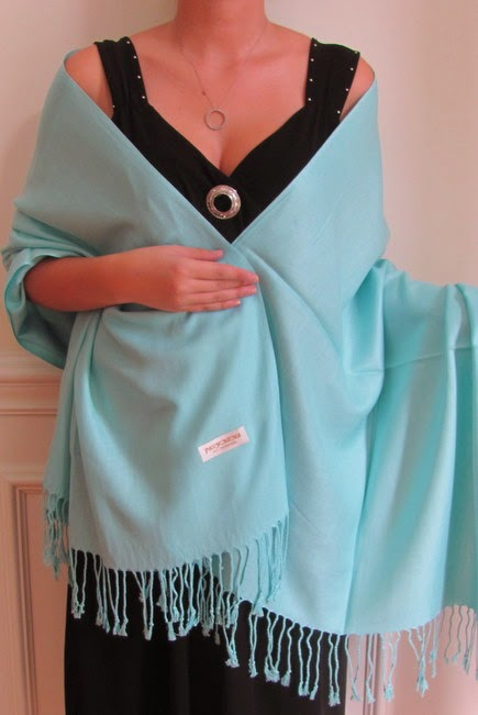 how to wear shawls and wraps