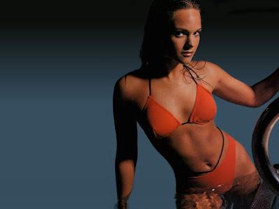 Holly Mcguire Bikini Wallpaper