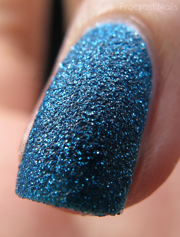 Macro of Zoya PixieDust Liberty textured nail polish