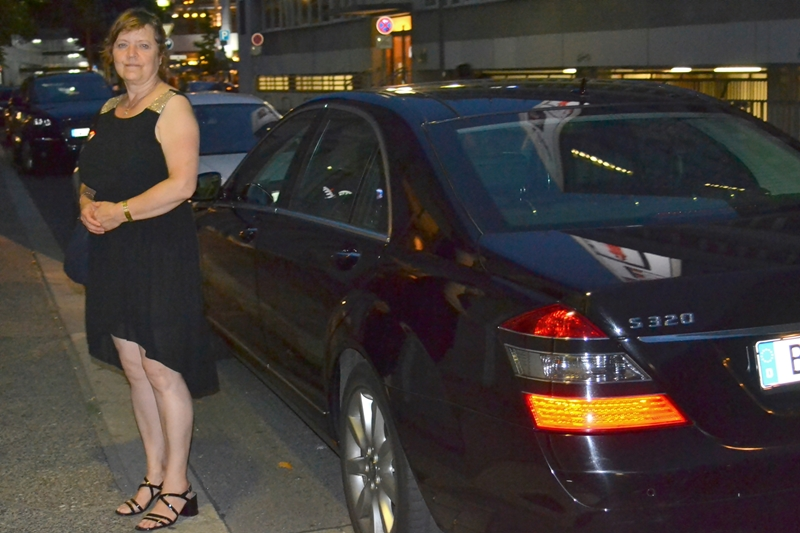 uber limousonee mum the grand berlin