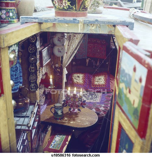 Traditional narrowboat interiors images for Narrowboat interior designs