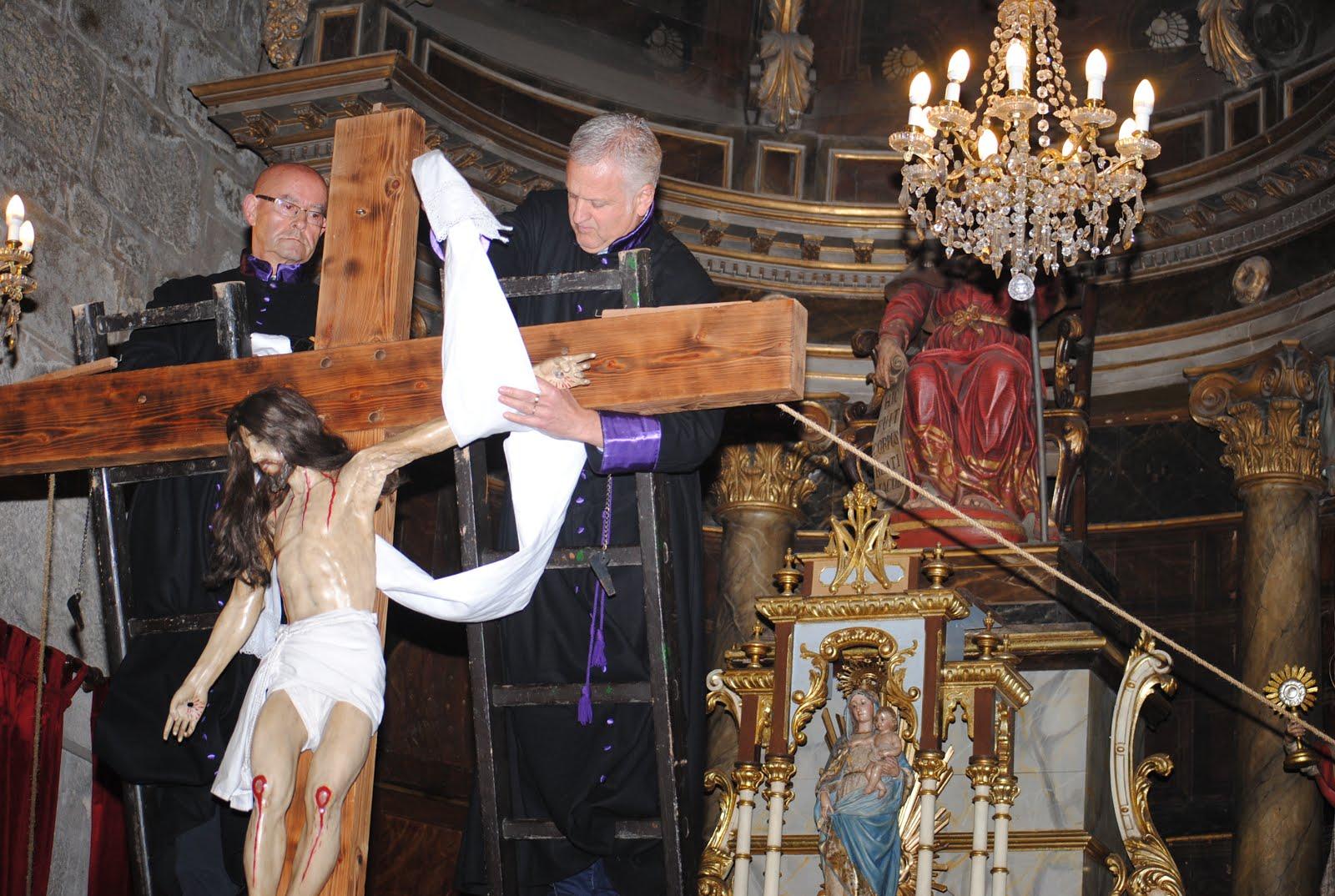 Fotos del Desenclavo de Jesús de la Cruz 2016