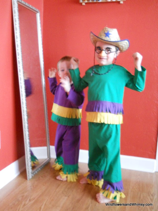 Finished the boys Mardi Gras costumes yesterday and they have been wearing them round the clock! Then today I come out of the bathroom only to find Ian in ... & My Lilu0027 Mardi Gras - Wildflowers + Whimsy