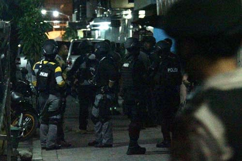 Video Densus 88 Kembali Menangkap Terduga Teroris