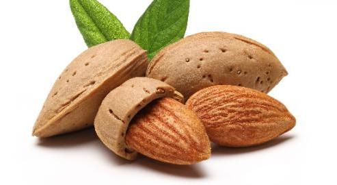 manfaat almond untuk kulit