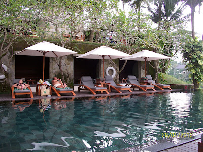Bali-hotel-pool