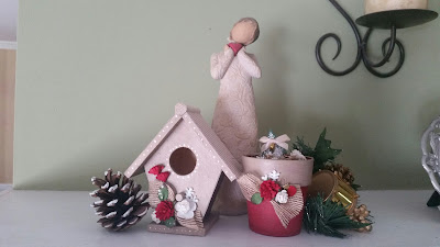 https://www.etsy.com/listing/251901971/small-country-chic-christmas-birdhouse?ref=shop_home_active_2