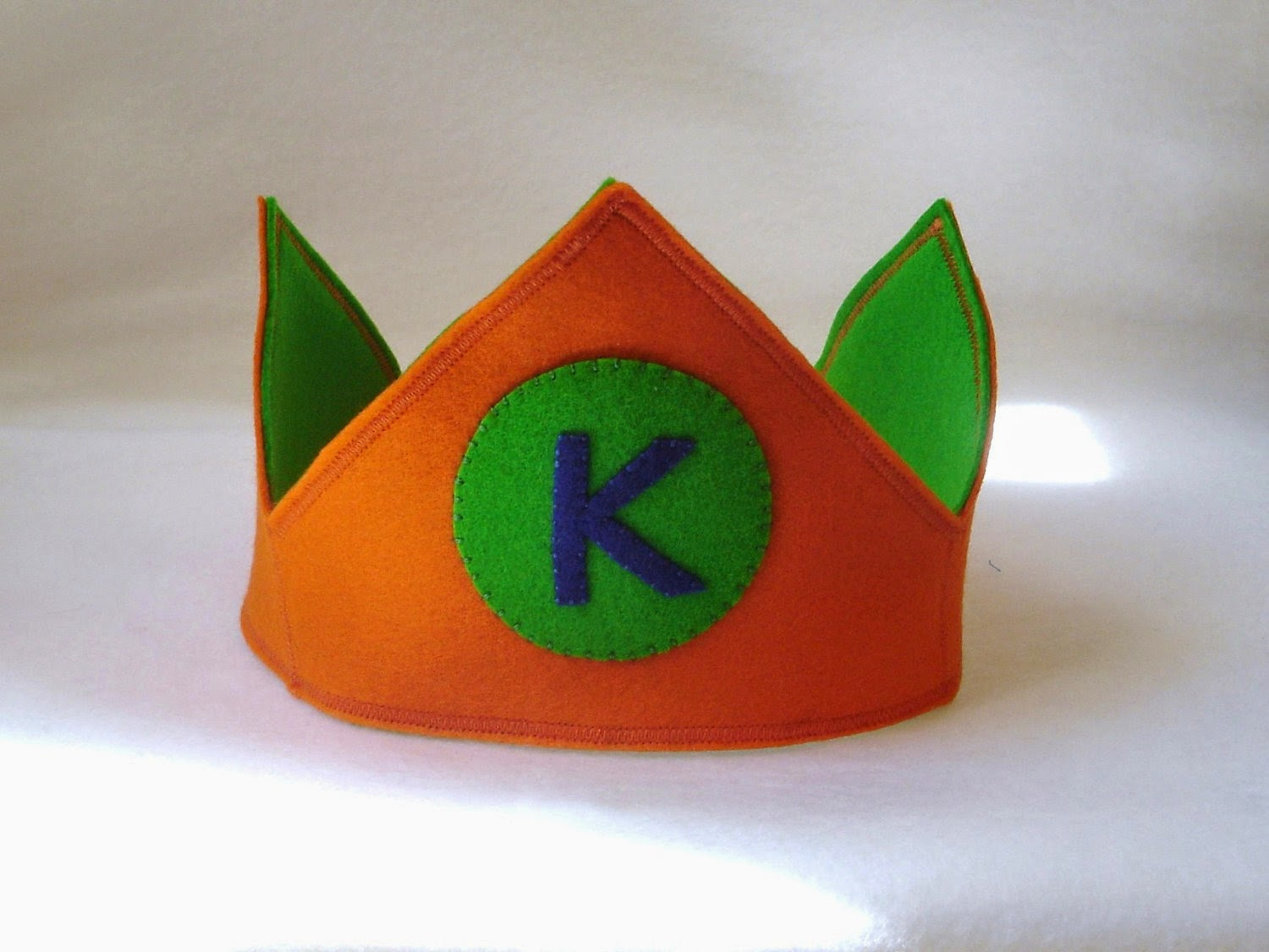 https://www.etsy.com/listing/108779111/custom-wool-felt-letter-birthday-crown?ref=shop_home_active_4