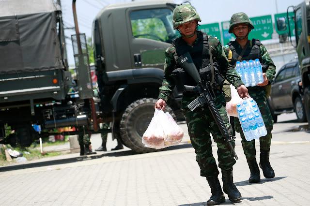 Военное положение в Таиланде