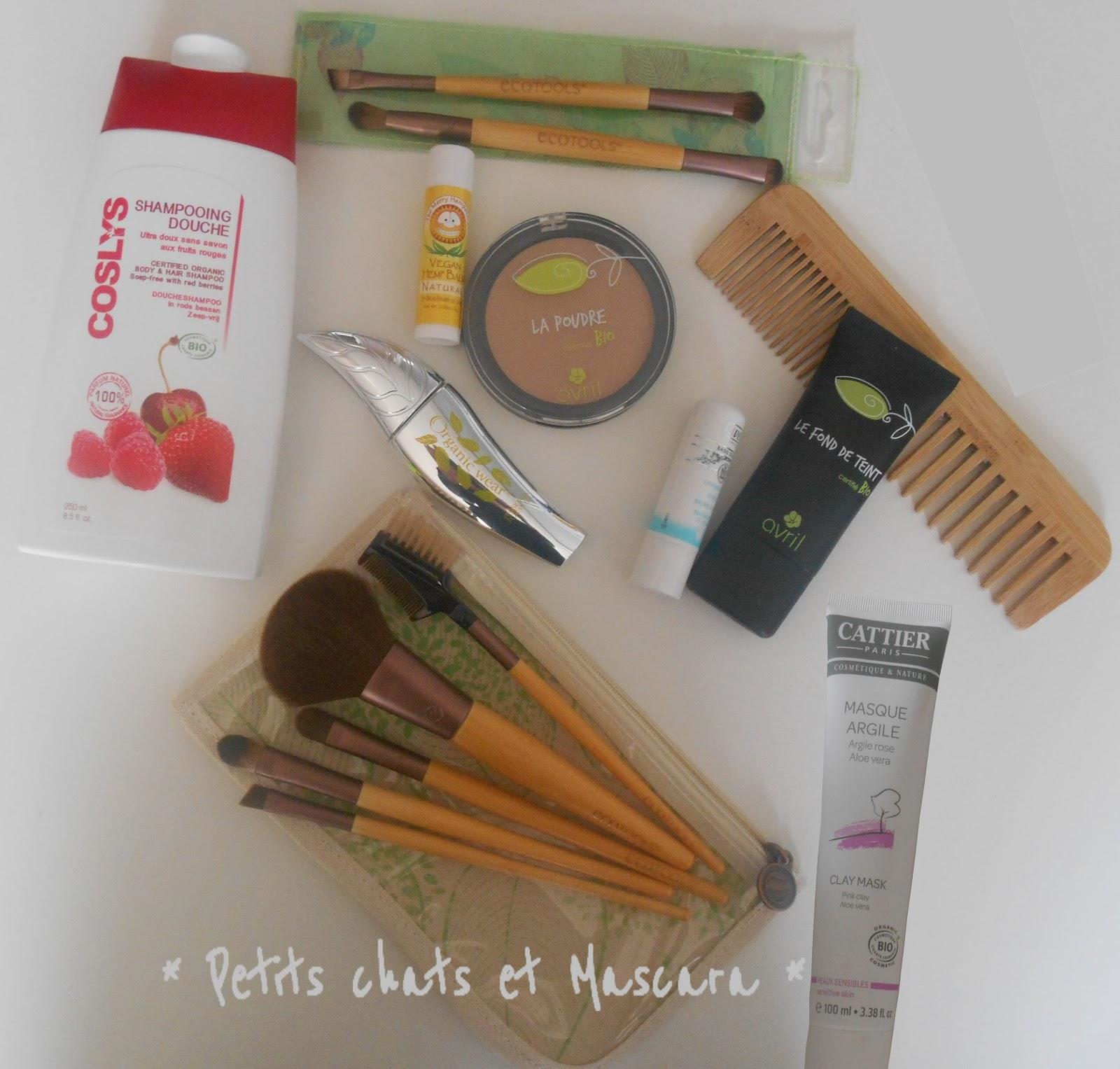 cosmétiques maquillage accessoires bio