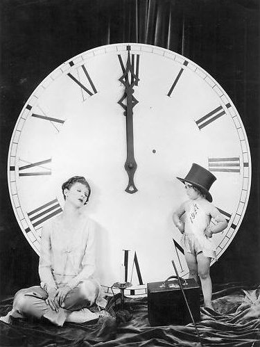 Myrna Loy and the New Year's Baby #vintage #new #year