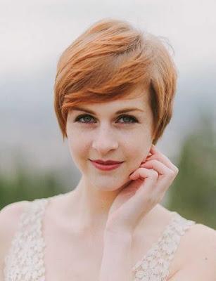 Model rambut pendek wanita pixie long bangs