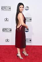 Selena Gomez Red Dress American Music Awards