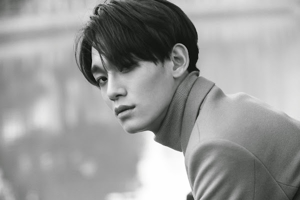 EXO's Chen concept image from the EXODUS album