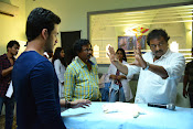 Akhil Movie Working Stills-thumbnail-9