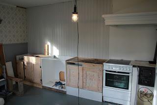köksskåp 1930-tal återvunna och renoverade nytt IKEA METOD porslinsho