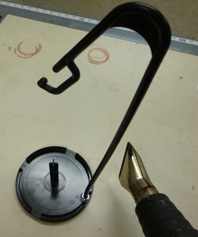 Tempted threads diy cone thread stand - Como hacer un cono ...
