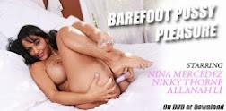 Barefoot Pussy Pleasure
