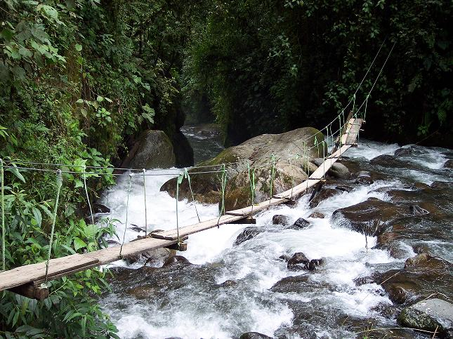 lugar turistico provincia pichincha: