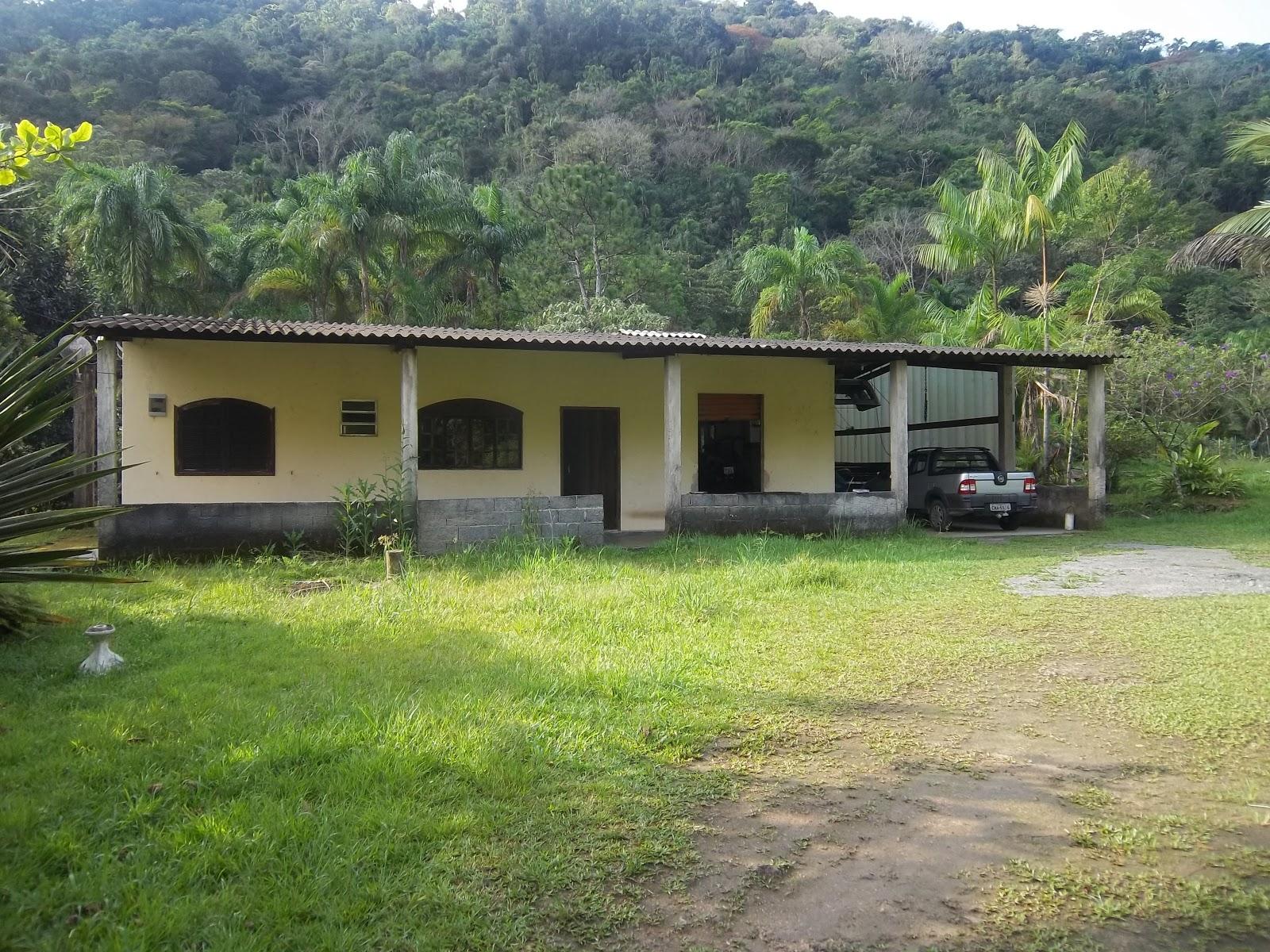 Terrenos ch caras sitios e casas no caruara e caiubura for Paginas para construir casas