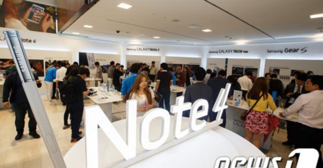 Galaxy Note 4 bán được 4,5 triệu chiếc