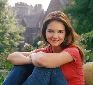 Super Star Katie Holmes Coming Cute