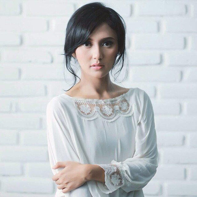 Gallery Photo Instagram Rara Nawangsih Model Indonesia | www.insight-zone.com