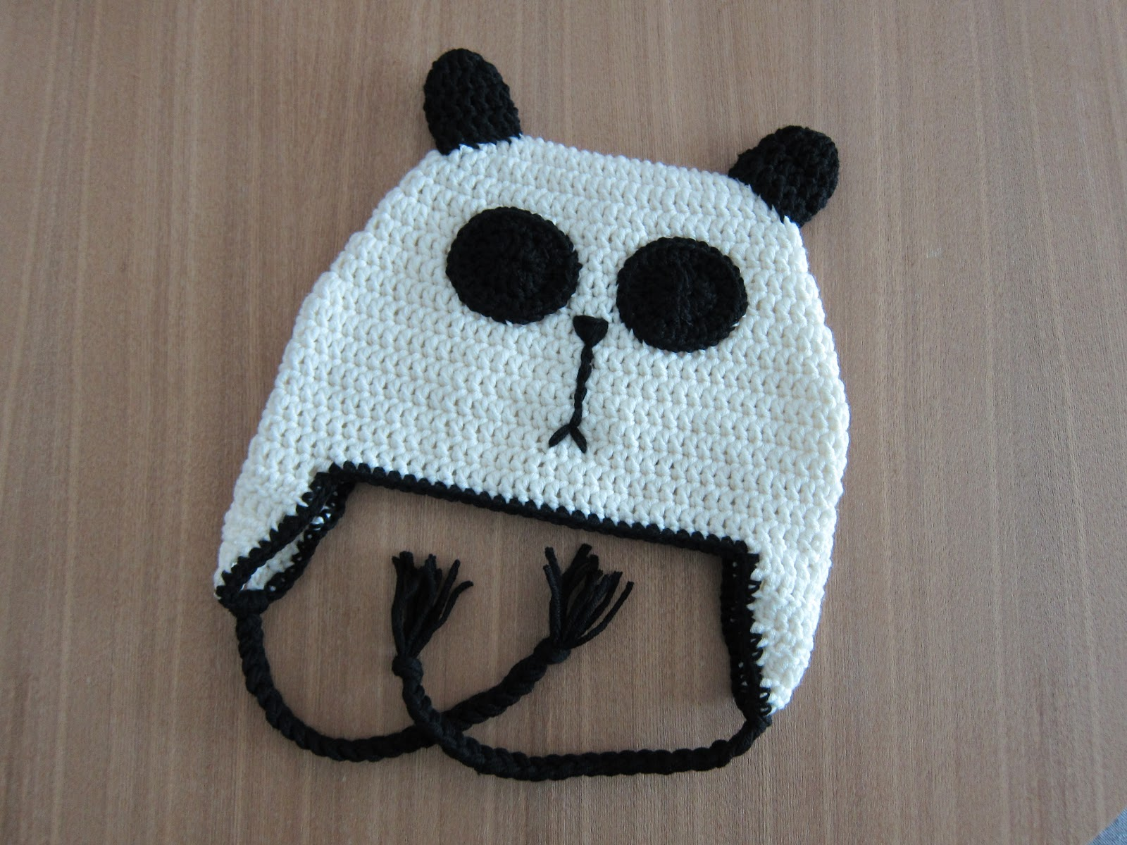 Crochet Panda a Panda hat pattern in adult size | Follow me and see ...