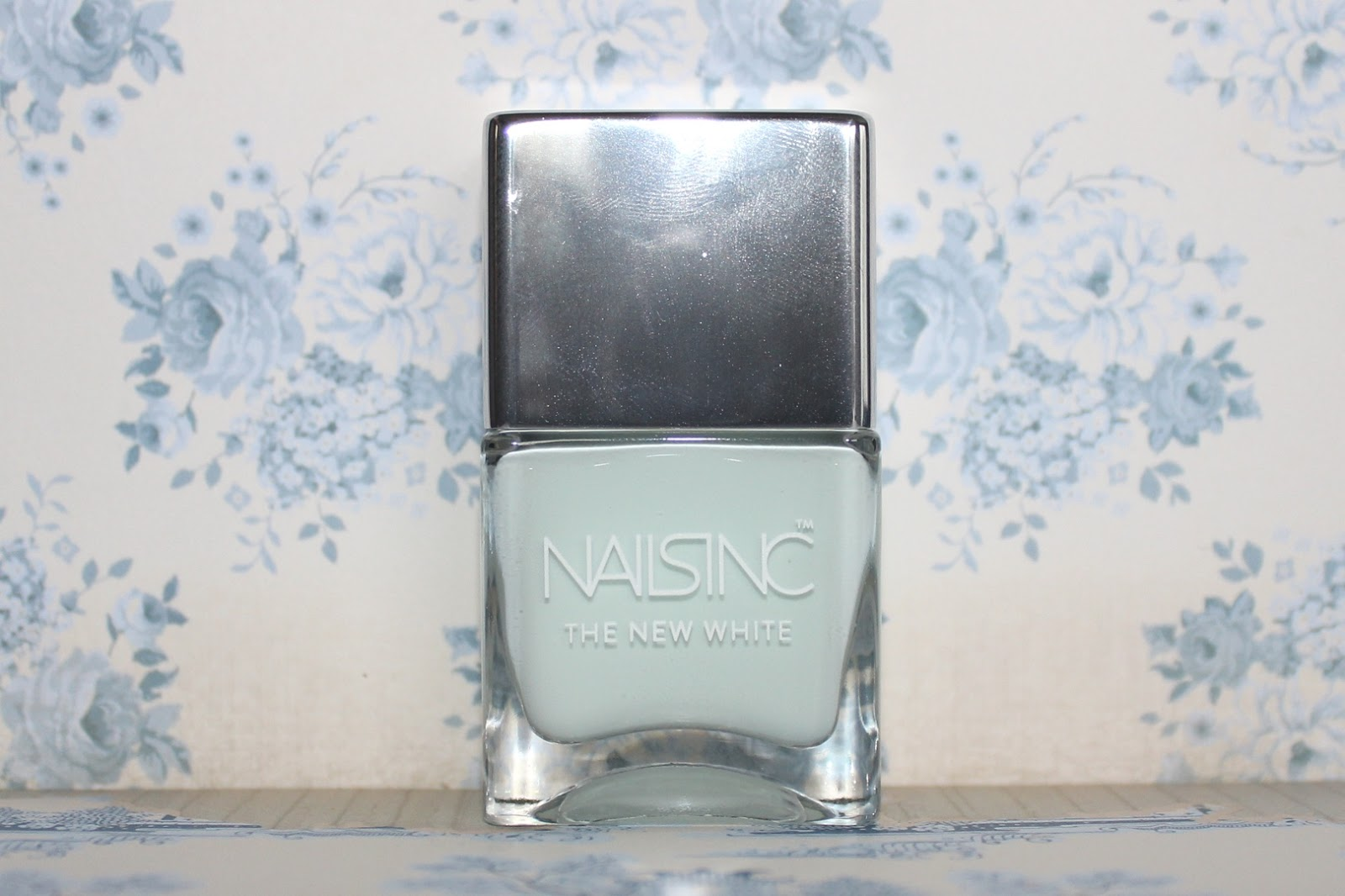nails inc swan street review swatches