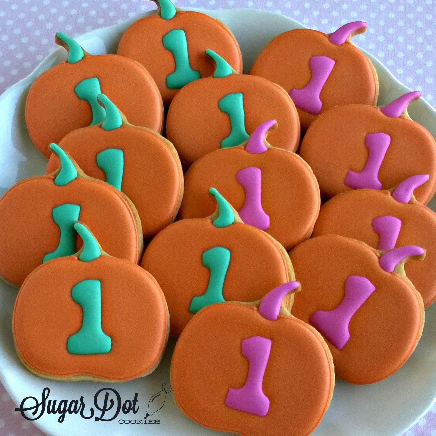 Sugar Dot Cookies: Pumpkin Birthday Cookies