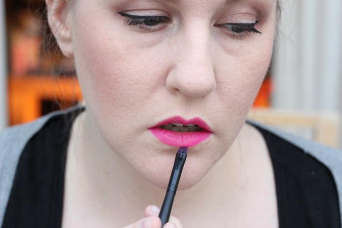 Appling Eurydice by Illamasqua with Karla Brushes