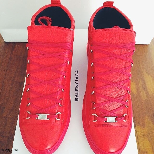 balenciaga red high top men s sneakers spentmydollars. Black Bedroom Furniture Sets. Home Design Ideas