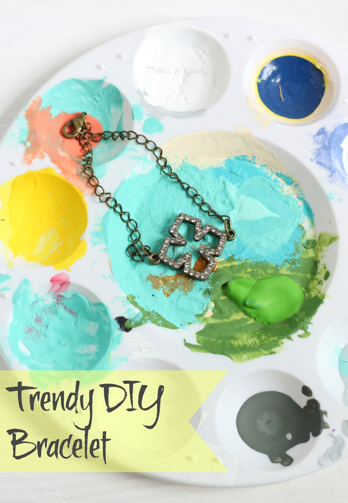 Trendy DIY Bracelet--A simple jewelry tutorial from pitterandglink.com
