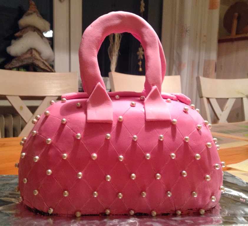 torte in pink