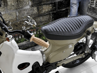CRAZE Cobra Seat for HONDA C70 no.1