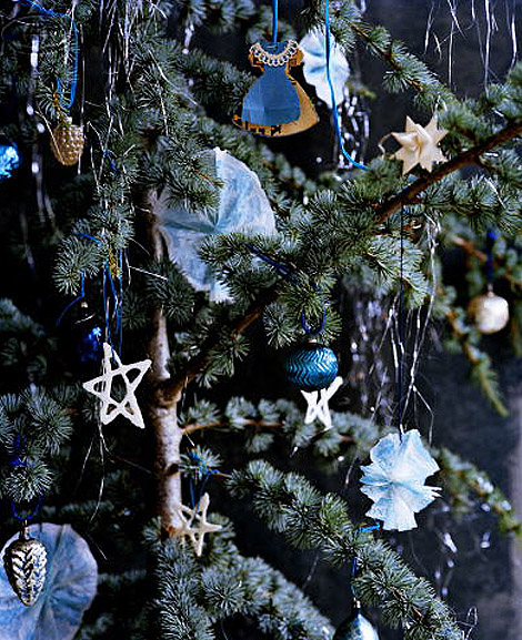 Gallery for blue and silver christmas tree decorations ideas - Blue themed christmas tree ...
