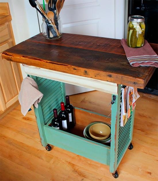 Ilha rústica na cozinha