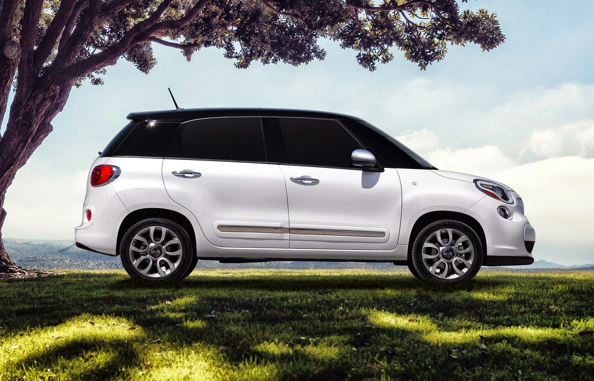 car reviews new car pictures for 2018 2019 fiat 500l adds automatic transmission for 2015. Black Bedroom Furniture Sets. Home Design Ideas