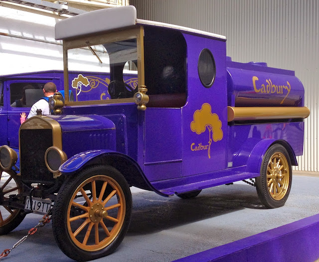 dunedin cadbury chocolate tour