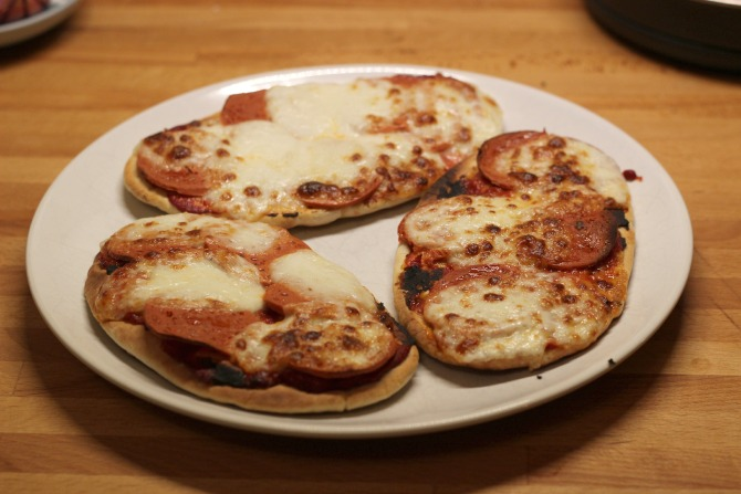 vegetarian pitta pizzas cooked