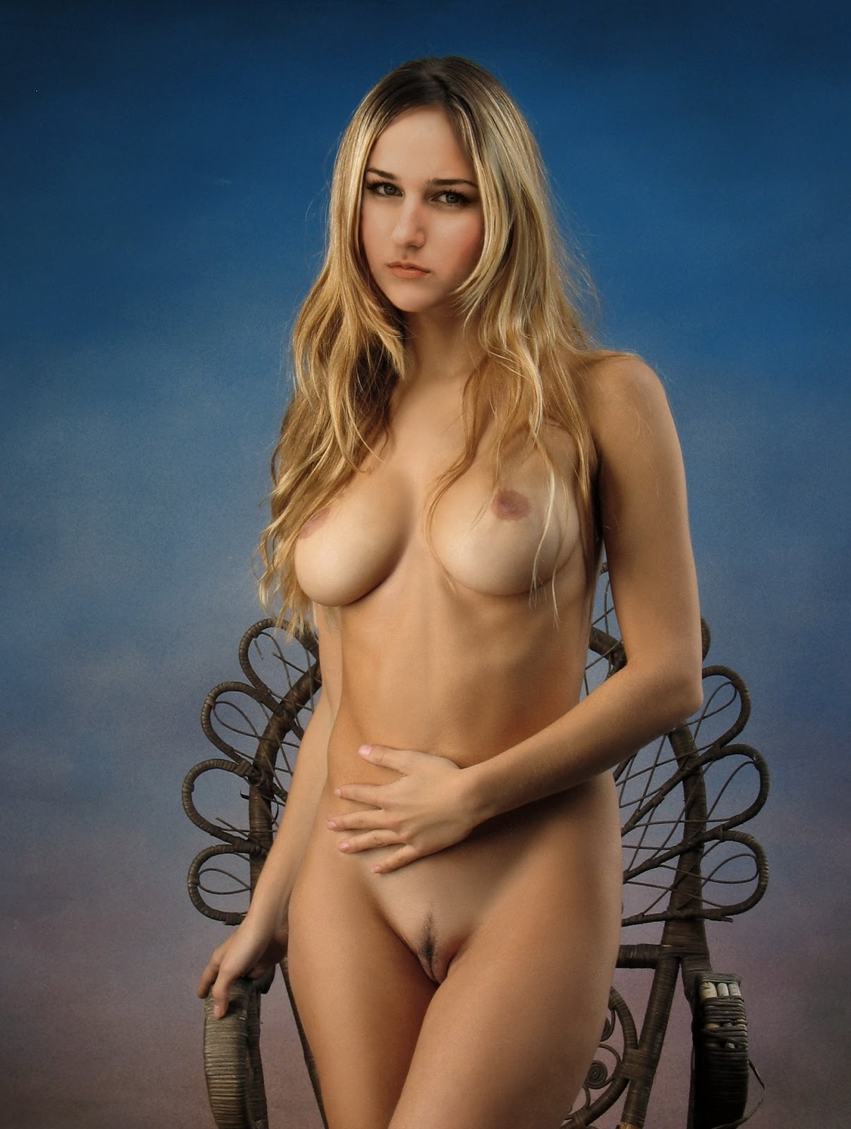 Has Leelee Sobieski ever been nude? - Nudographycom