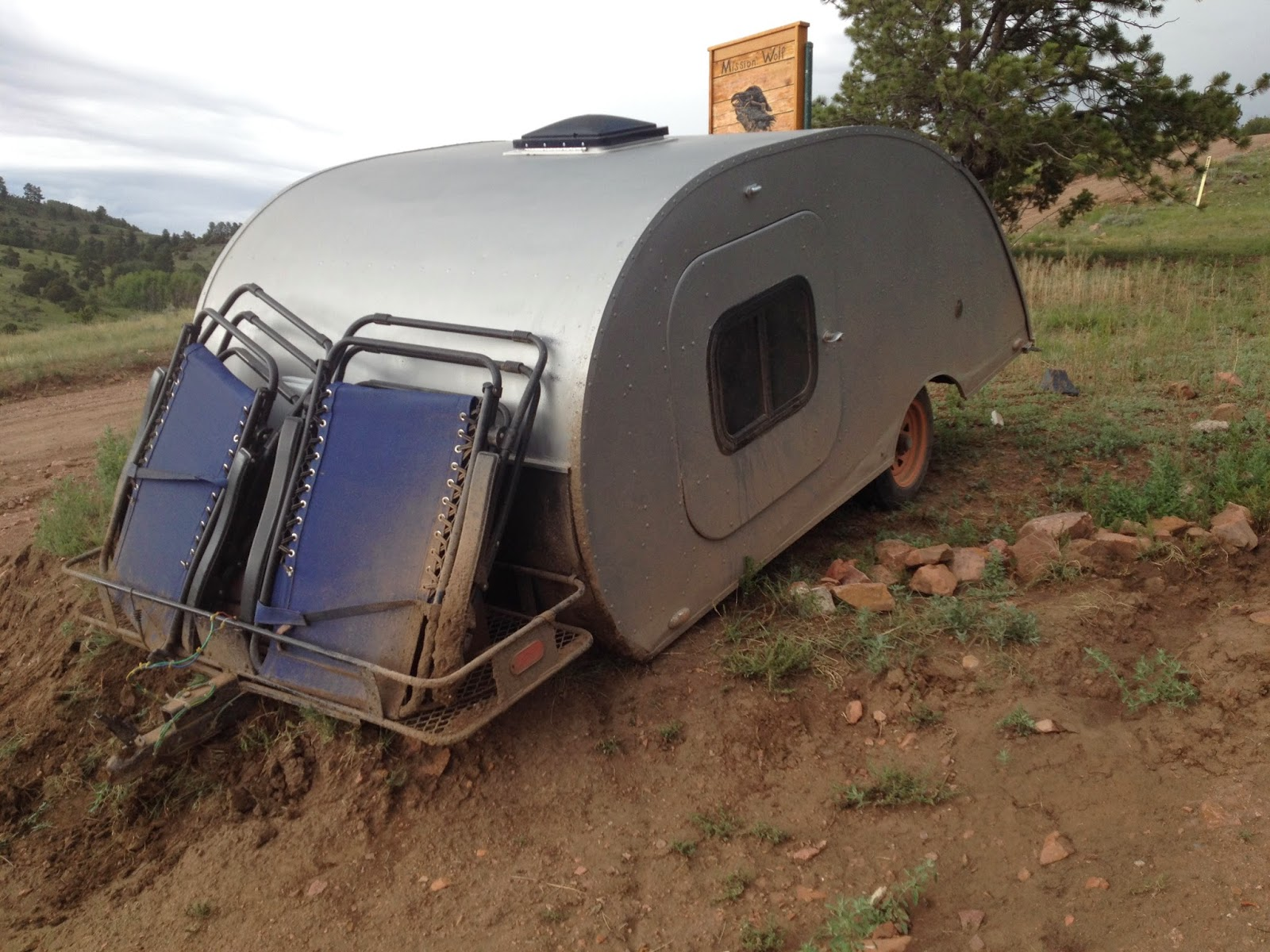 Todds Teardrop Blog Trailer Wiring In Vintage Discussion Forum We Had A Little Problem Turning Off The Incredibly Steep Driveway Lets Just Say Was Temporarily Parked On Mud Embankmentyou Know Theres