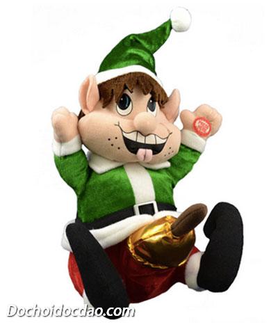 Chú lùn trang trí Noel này lộ hàng
