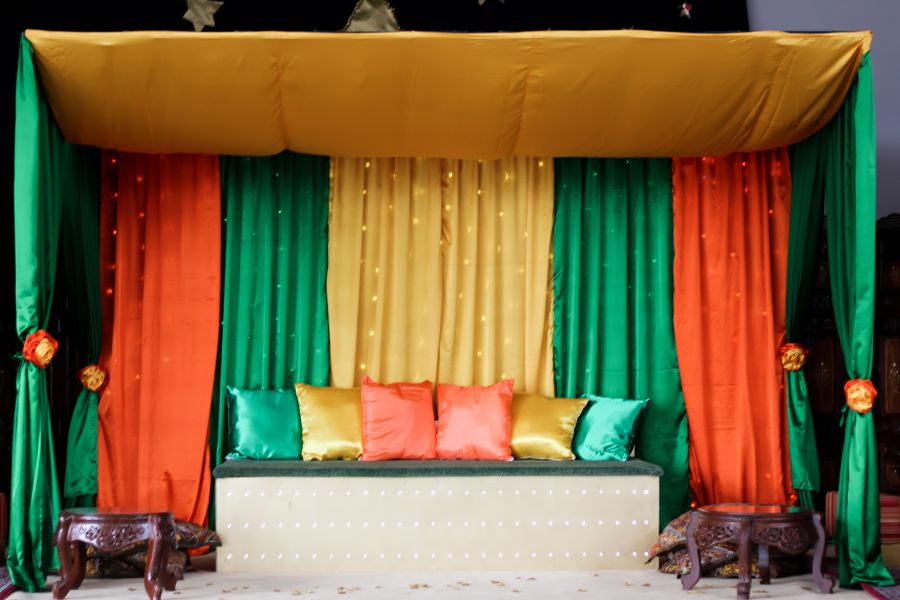 Mehndi Stage Decoration Ideas At Home : Mehndi stages decortation fashion circular