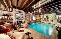 kolam renang in home